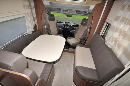 Chausson Flash 610 Lounge Diner