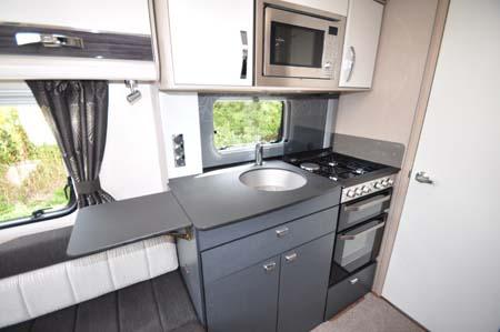 Sterliing Elite 560 Kitchen