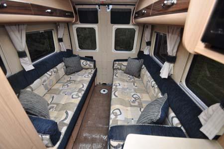 Auto Sleeper Warwick XL Lounge