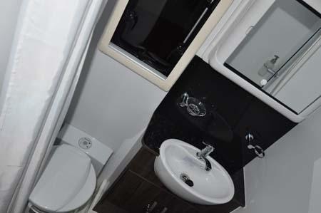 Moto Trek XCite G Washroom