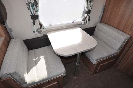 Swift Challenger 530 Dining Room