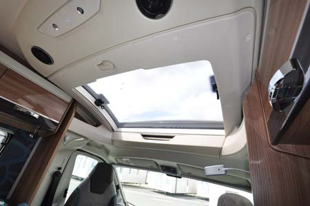 Swift Rio 310 Skylight