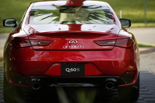 2017-infiniti-q60-red-sport-400-7