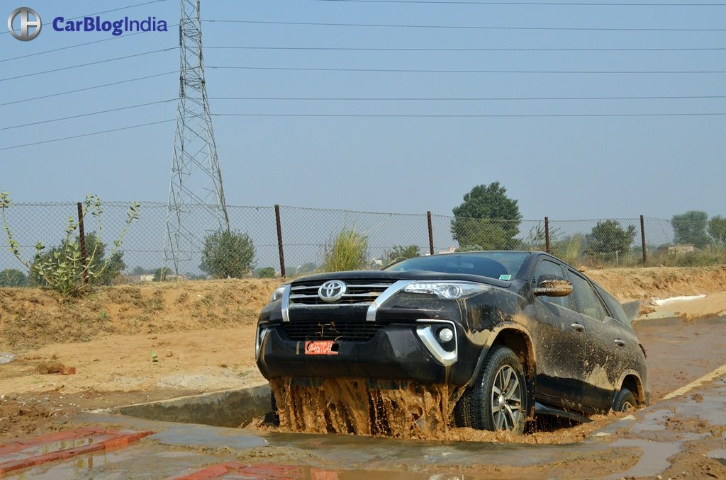 Bike And Car Wallpaper New Toyota Fortuner Off Road Experience 8 Carblogindia