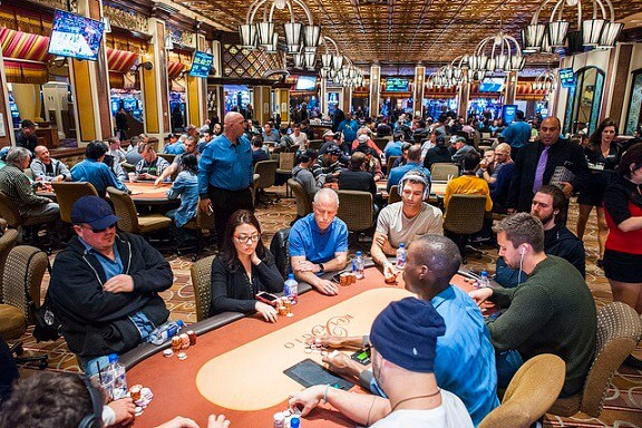 Nevada Poker Revenue Up in 2017, Fewer Tables Generating More Money