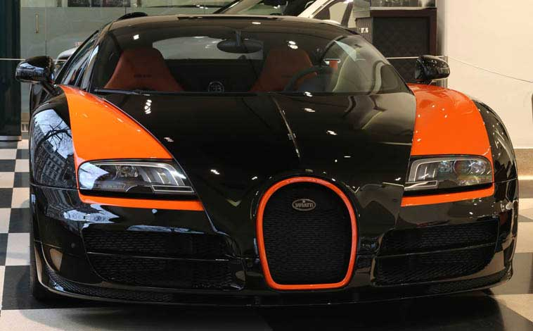 world beating bugatti veyron up for grabs. Black Bedroom Furniture Sets. Home Design Ideas