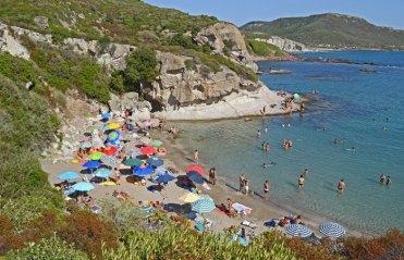 Playa Compultitu en Bosa