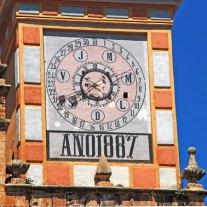 Reloj de horas, días de mes y de la semana