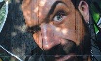 Barrio de Gabut. Grafiti. Cara