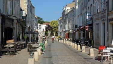 Rue Saint Jean du Perot
