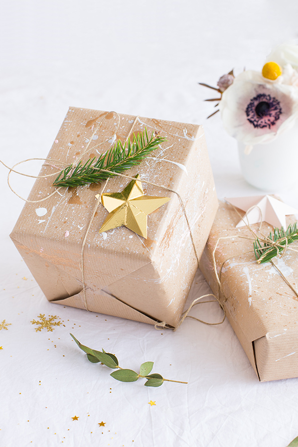 Wrapping gifts - Carnets parisiens