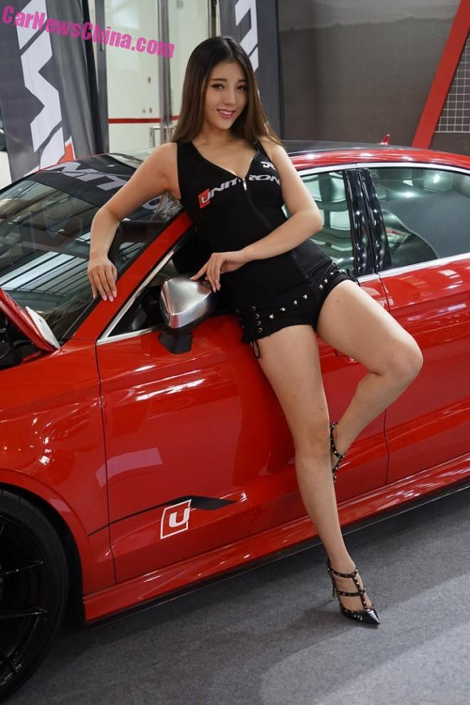 Classy Girl Wallpaper Chinese Car Girls At The Tuning Show In Shanghai