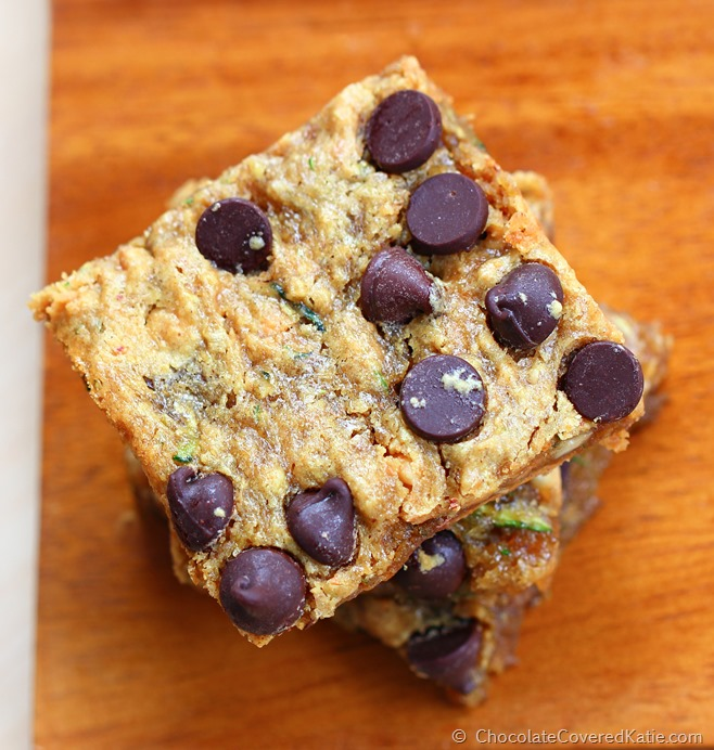 Soft & gooey PEANUT BUTTER (!) and chocolate chip zucchini bars
