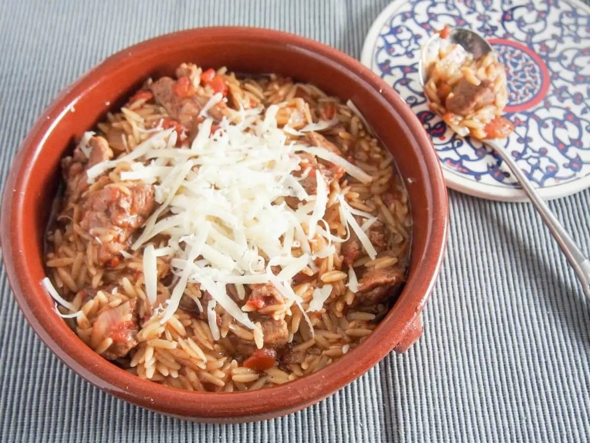 Youvetsi (Greek beef or lamb and orzo stew) #SundaySupper