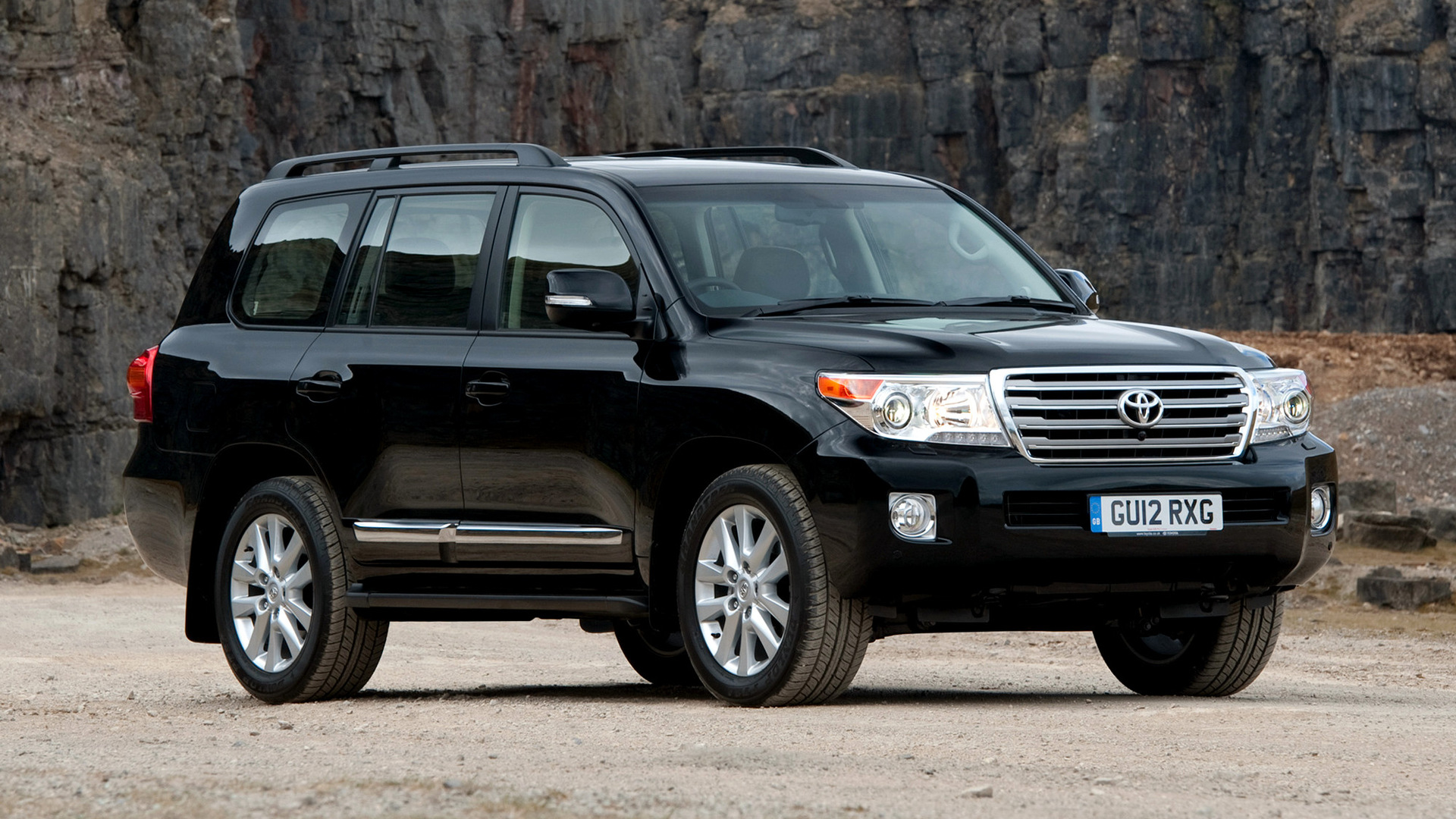 Toyota Land Cruiser Hd Wallpaper Toyota Land Cruiser V8 2012 Wallpapers And Hd Images