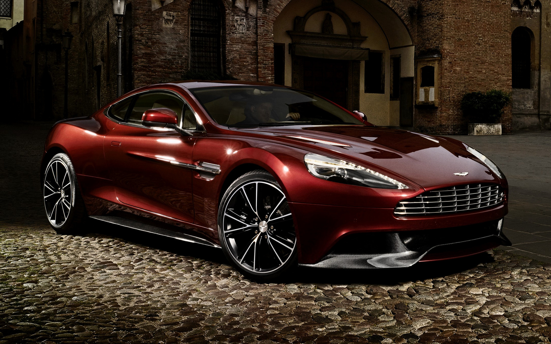 Volvo Wallpaper Hd Aston Martin Vanquish 2012 Wallpapers And Hd Images