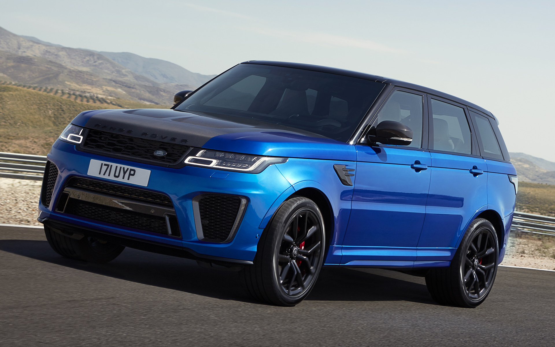 Hd Hybrid Car Wallpaper 2017 Range Rover Sport Svr Wallpapers And Hd Images