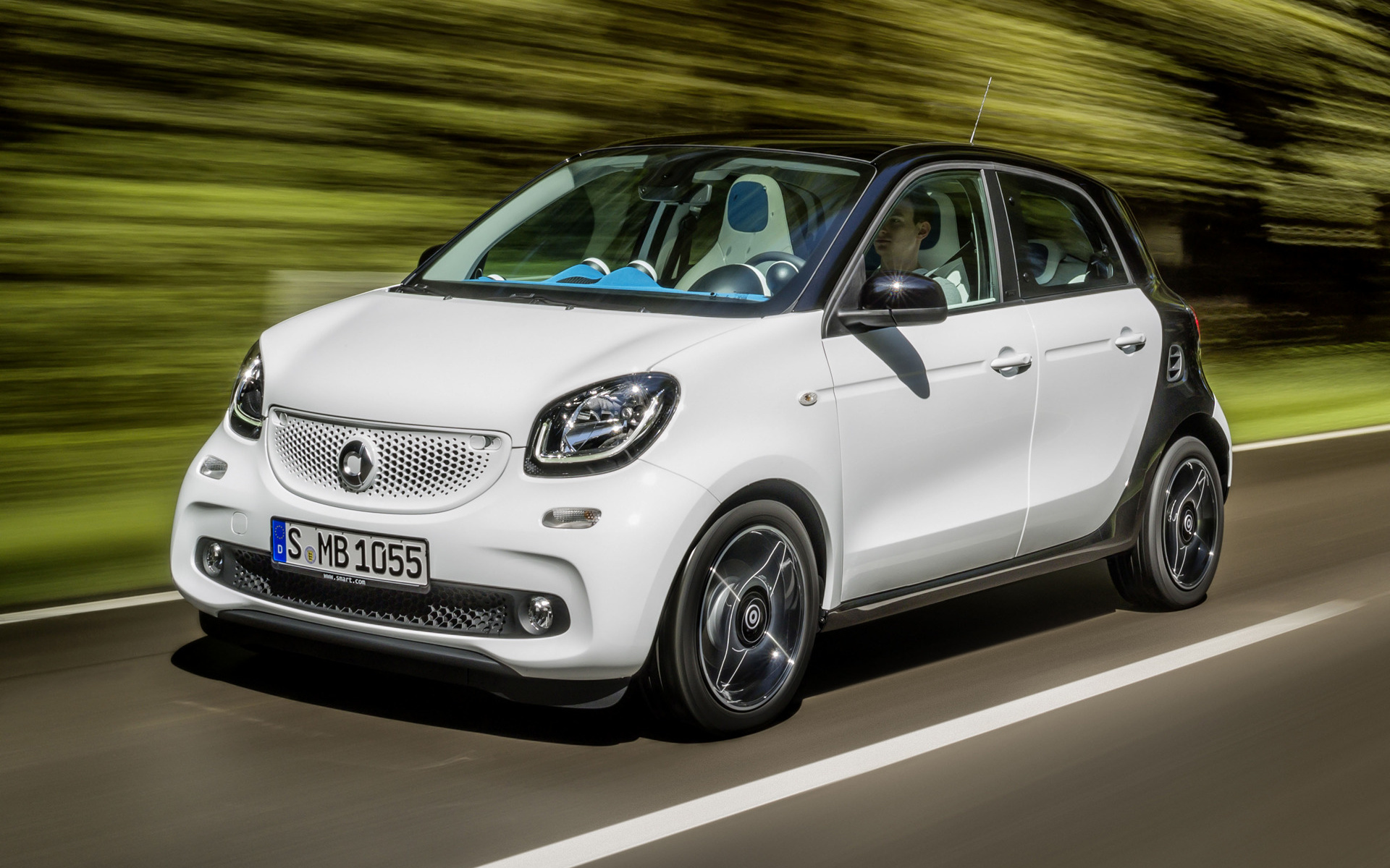 Four Cars Wallpapers Smart Forfour Proxy 2014 Wallpapers And Hd Images Car