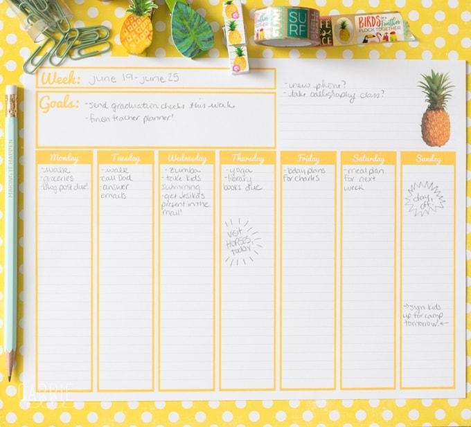 Printable Weekly Calendar - Carrie Elle - printable weekly calendar