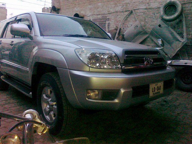 4x4 not working automatically / 2003 Toyota Hilux SURF - Solving Car