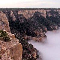 Grand Canyon mit Wolken gefüllt