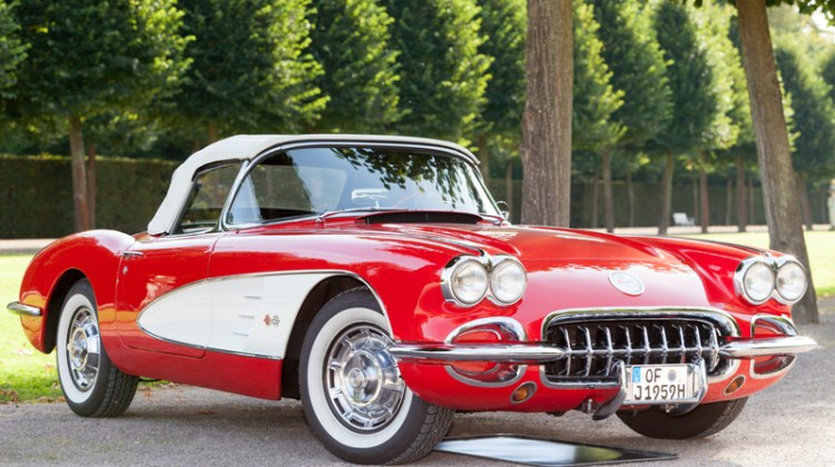 Classic, classic car, detail, detailing, vintage, collector, sports car, corvette.