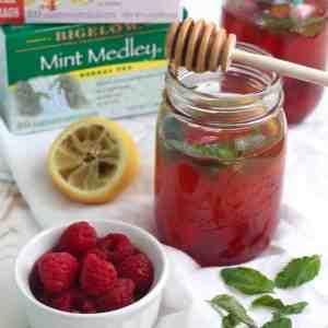 Lemon and Mint Iced Tea with Raspberries