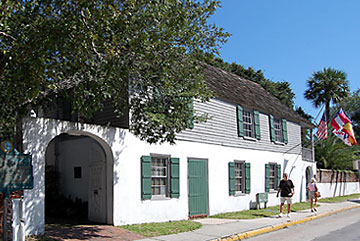 The Oldest House Museum