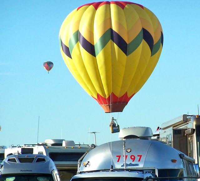 AirstreamBalloon1