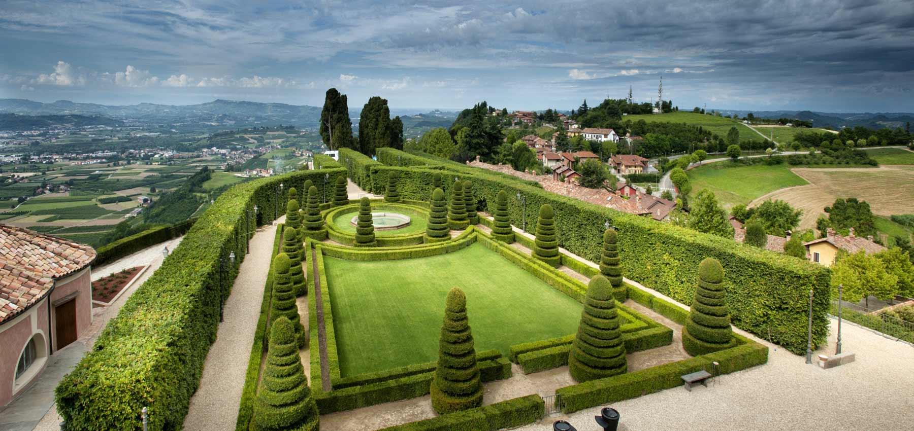 Vista Wallpaper Hd Hotel Di Lusso E Ristorante Vista Langhe Castello E