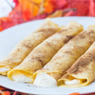 Pumpkin Spice Crêpes | Catz in the Kitchen | catzinthekitchen.com | #crepes #fall #pumpkin