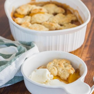 Old Fashioned Peach Cobbler Picture 2