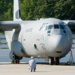 IMAGENS: Primeiro C-130J para Força Aérea da Índia aciona seus motores