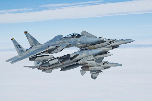 F-15C-Breaking-formation
