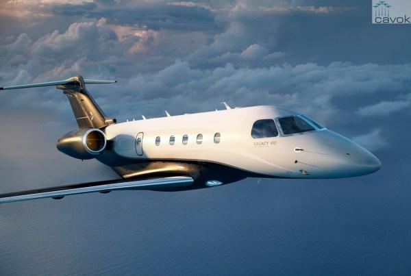 Jato executivo Legacy 450. (Foto: Embraer)