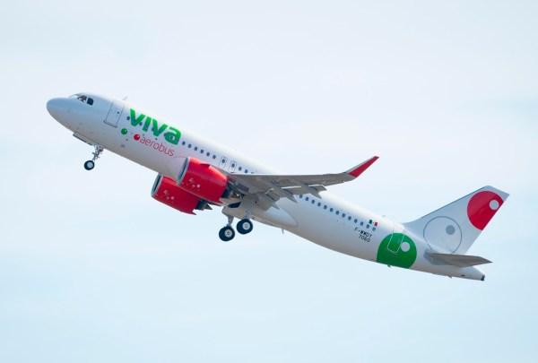 Viva Aerobus do México recebe seu primeiro A320neo da Airbus, a aeronave MSN7060. (Foto: P. Masclet / Airbus)