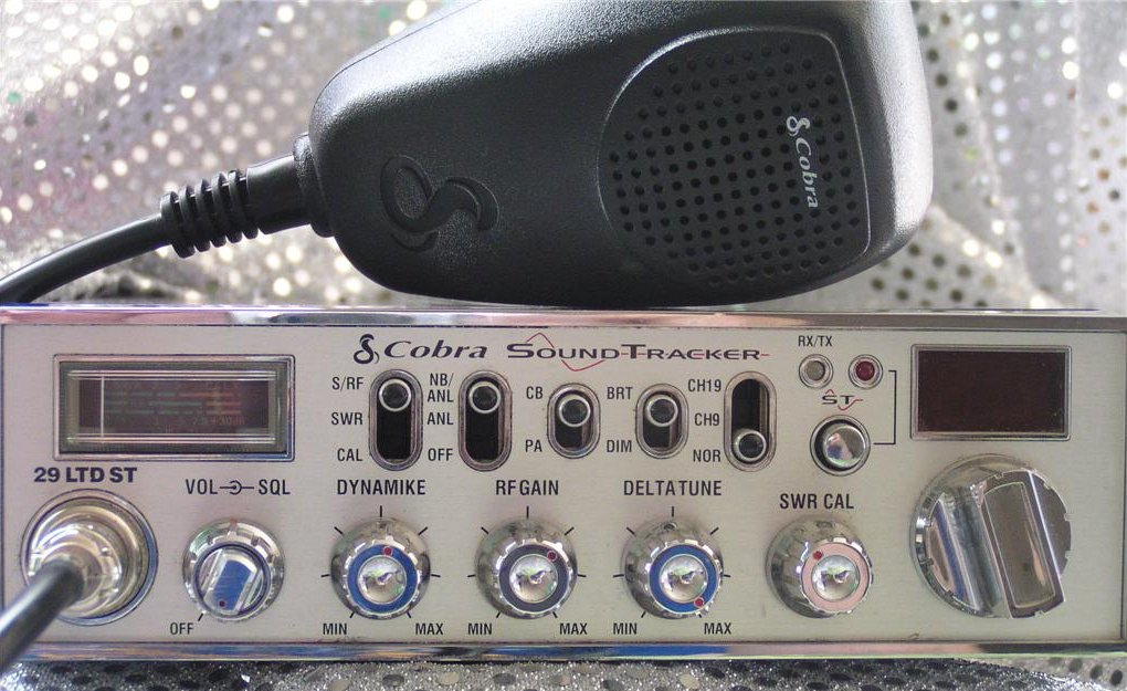 SOLVED Color code for 4-pin Cobra M75 CB Mic - Fixya