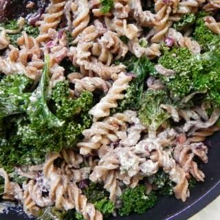 Creamy Kale Pasta with Cashew Cream