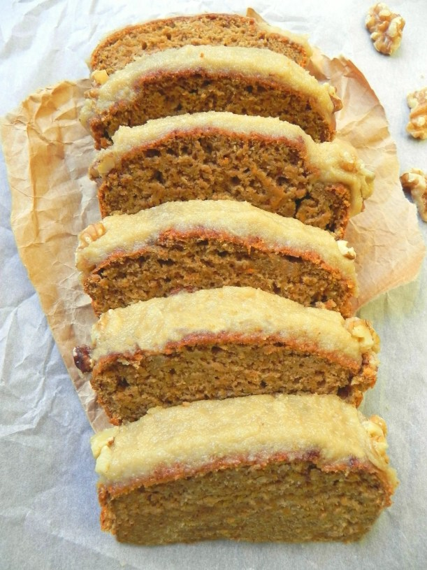 ... Vegan Carrot Cake Loaf with Cinnamon Cream Cheese Icing {Oil Free