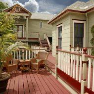 Cedar House Inn Sun Deck