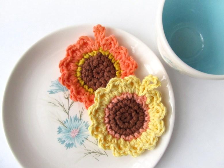 Sunflower Tawashi by Cedar & Linn