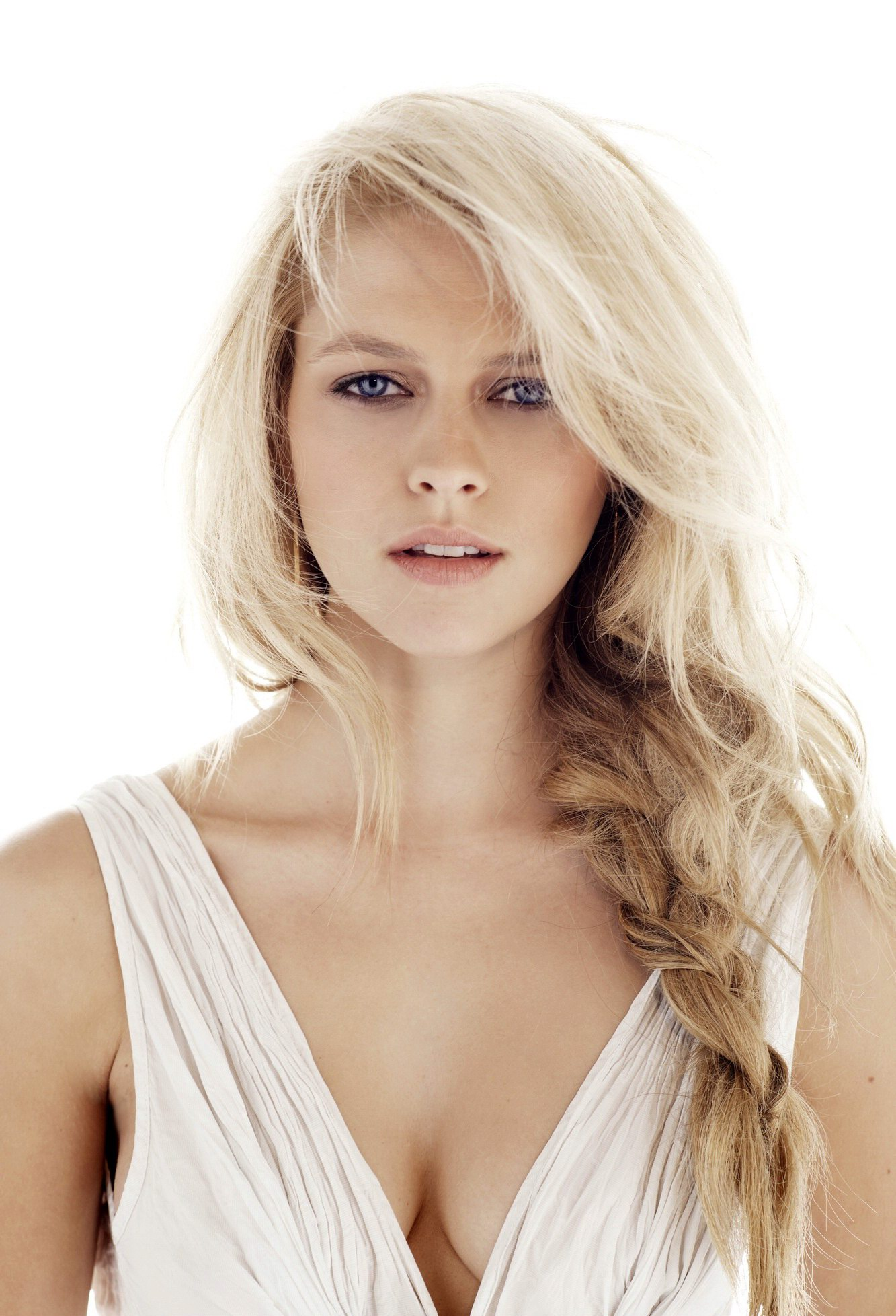 Hd Wallpaper Quotes For Android Teresa Palmer Looking Very Sexy In The Sorcerer S