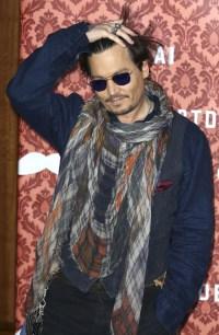Cele|bitchy | Johnny Depp, scarfy in Berlin, admits ...