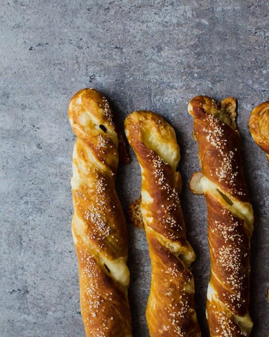 cheesy pretzel twists 2