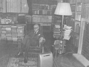 Nicolás Gómez Dávila (Cajicá, 18 maggio 1913 – Bogotá, 17 maggio 1994)