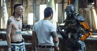 Chappie (Movie) Review 3