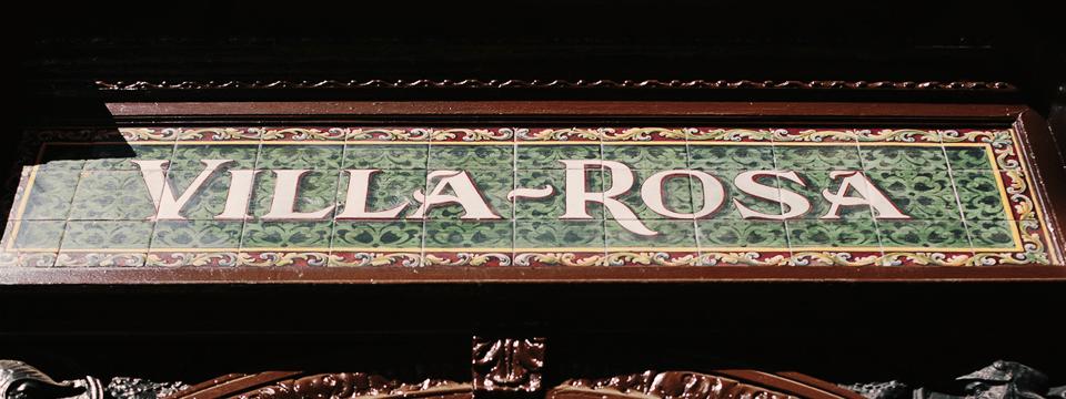 villa-rosa-chalaura-reportaje-cabecero