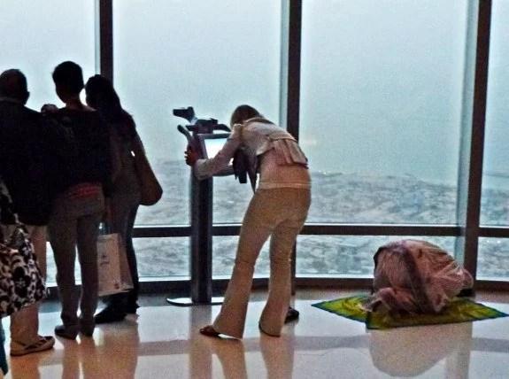 Burj Khalifa Dubai woman praying