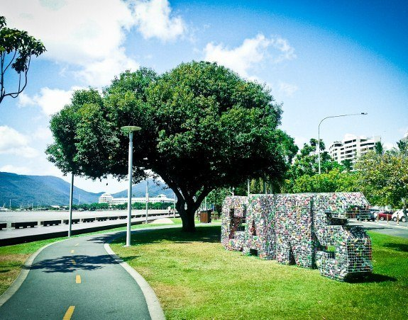 free things to do in Cairns esplanade