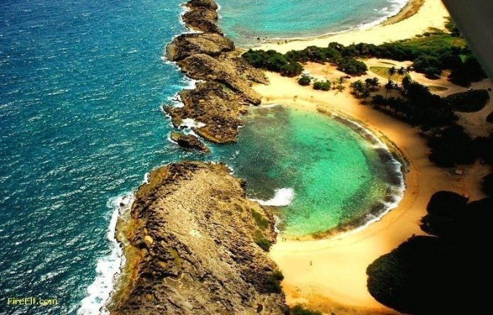 Mar Chiquita, A Lovely Oval Shaped Beach in Puerto Rico
